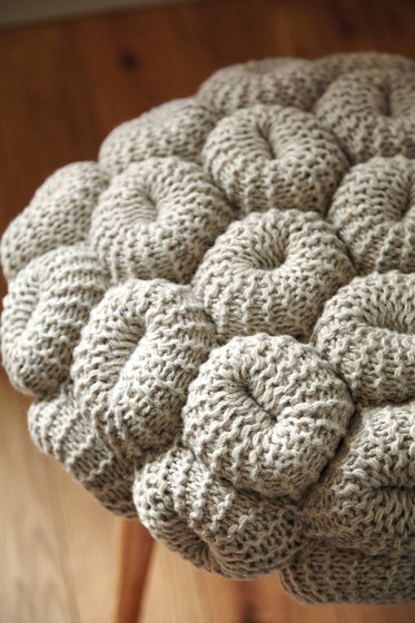 Knitted Stool Grey 1 di GAN
