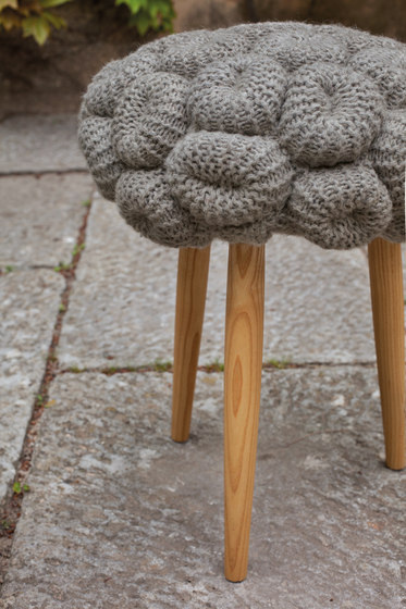 Knitted Stool Orange 3 von GAN