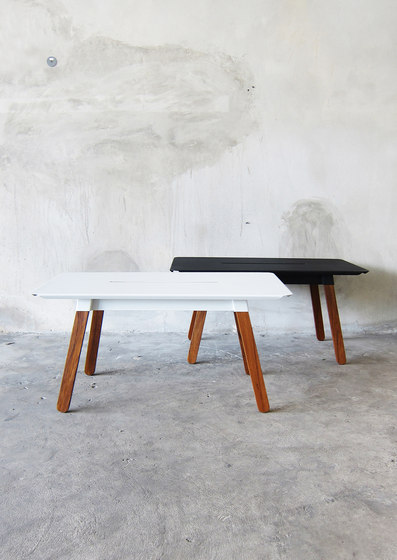 SIM STEEL Bench 90 von TAKEHOMEDESIGN