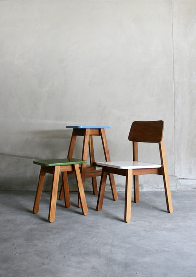 SIM Bar Stool de TAKEHOMEDESIGN