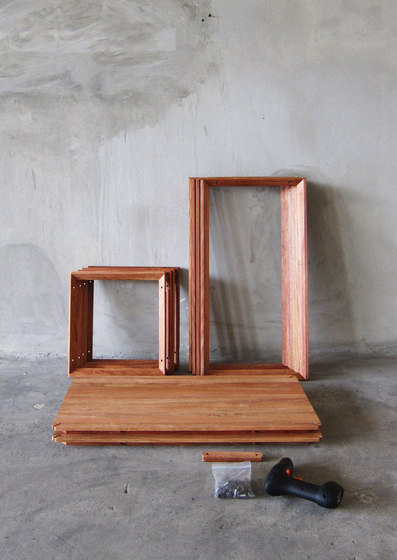 FRAME Shelf/Side table by TAKEHOMEDESIGN