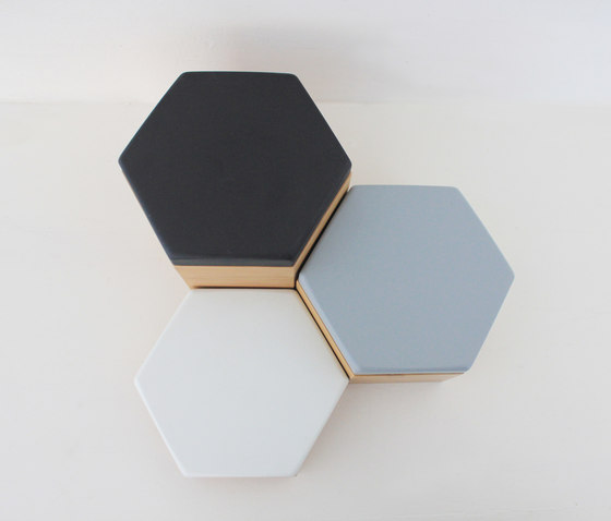 Hex Box Small Colour de Evie Group