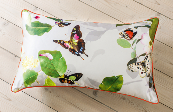 CUSHION COVER PAPILLON - 1091 di Création Baumann