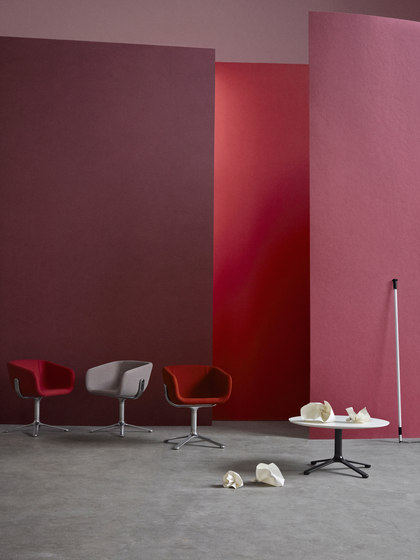 Scoop Chair di +Halle