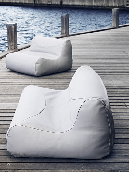 Fluid sofa by Softline A/S