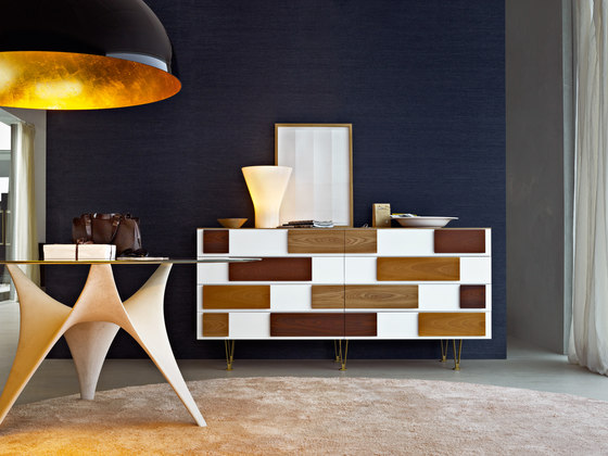 D.655.1 Chest of Drawers de Molteni & C
