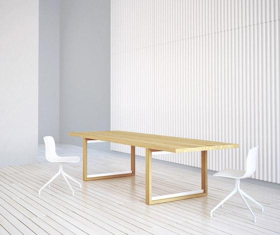 Bridge table by Studio Brovhn