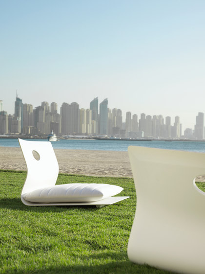 Low Lounge Chair de Viteo