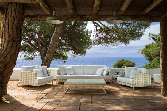 Caleta armchair by Point