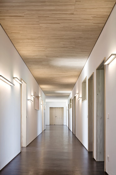 SML T5 Wall by serien.lighting