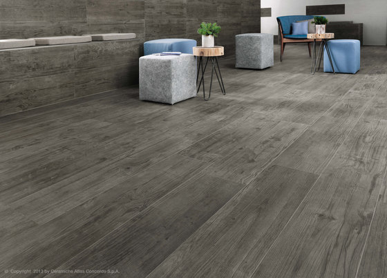 Axi Brown Chestnut Treccia by Atlas Concorde