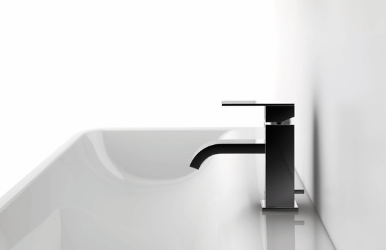 135 1163 Free standing bath|shower mixer by Steinberg