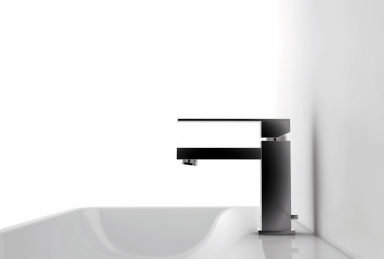 160 1820 Single lever basin mixer by Steinberg