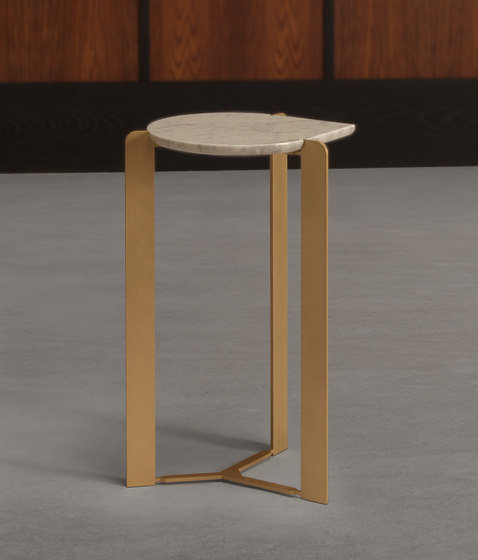 drop cocktail table by Skram