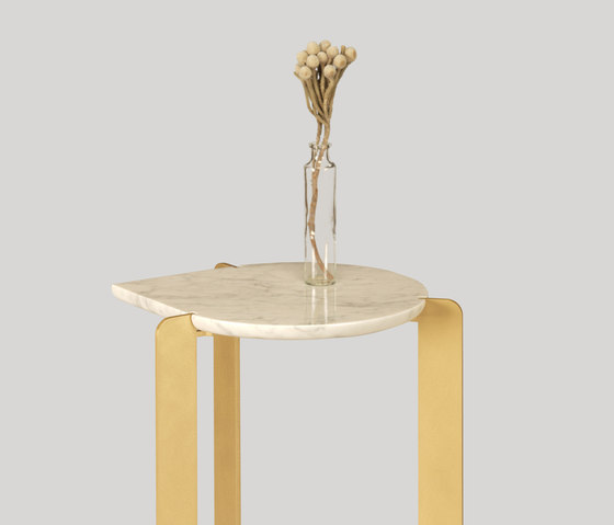drop coffee table di Skram
