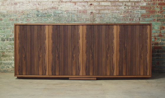 lineground lowdown media unit by Skram