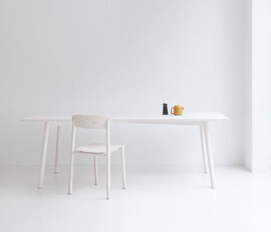 profile by stattmann neue moebel table crossframe chair. Black Bedroom Furniture Sets. Home Design Ideas