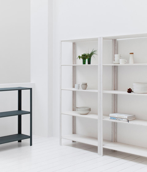 Plug Shelf S by STATTMANN NEUE MOEBEL