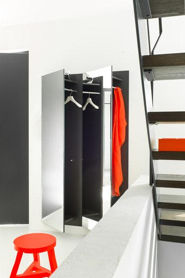 SKEW wall-mounted wardrobe de Schönbuch