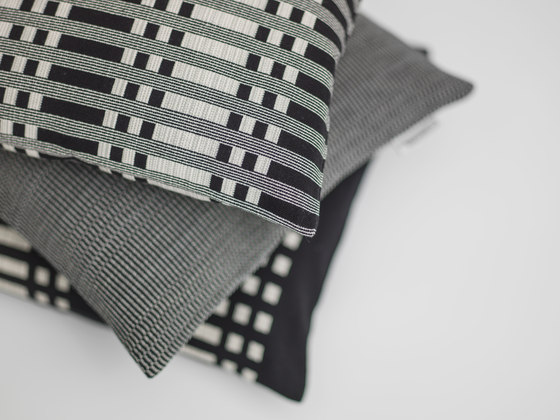 Cushion Cover Zipper by Johanna Gullichsen