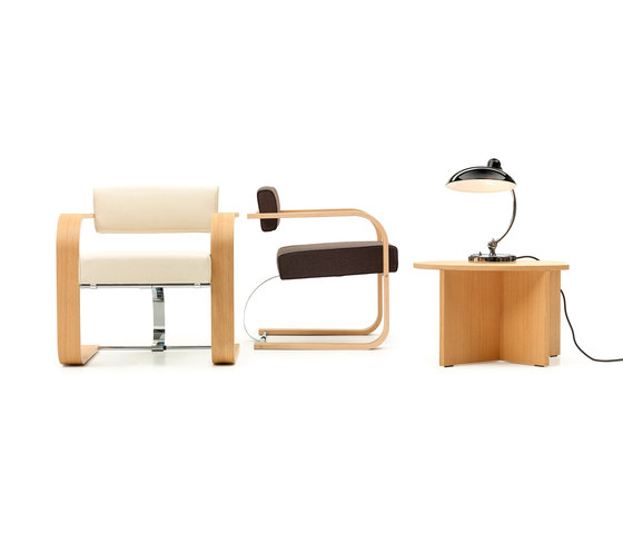Cantilever Chair Wood by VS