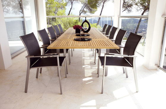 Azore Large Extending Table by Gloster Furniture