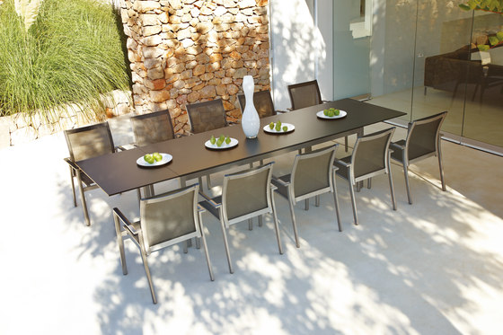 Azore Large Extending Table by Gloster Furniture GmbH