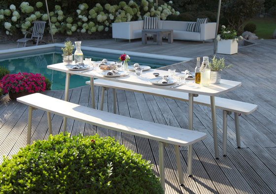 Leif table and bench by lasfera