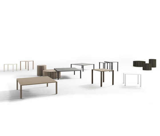 Infinity Coffee table by Yomei