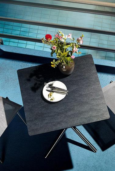 Smart-Series Folding Table, middle foot di solpuri