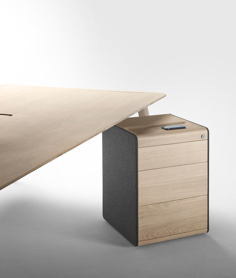 Heldu Container by Alki