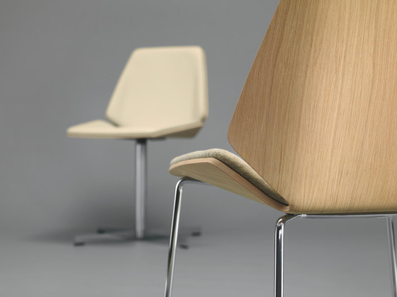 PALA Chair by Girsberger