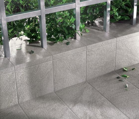 Stonetrack grey di Ceramiche Supergres