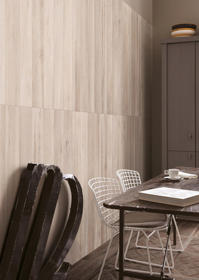 Travel northwhite di Ceramiche Supergres