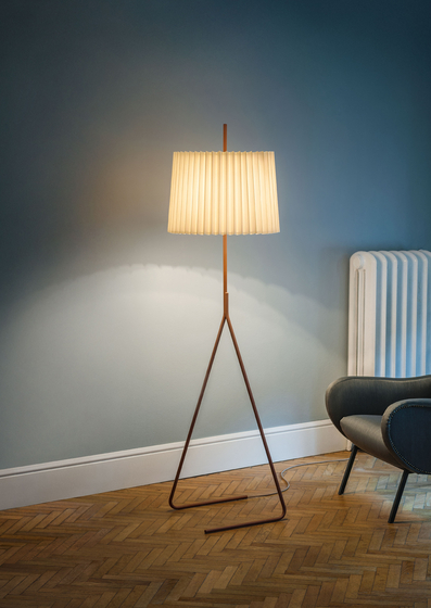 Fliegenbein Table Lamp de Kalmar