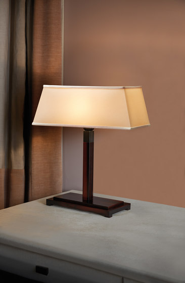Warry Bronze Tischlampe von Promemoria
