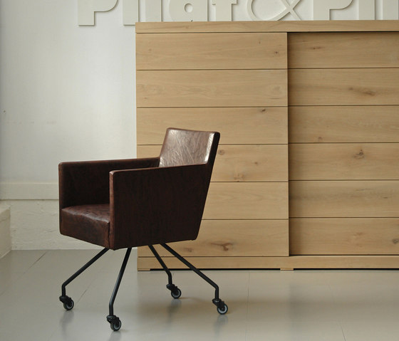 Froukje III conference chair by Pilat & Pilat