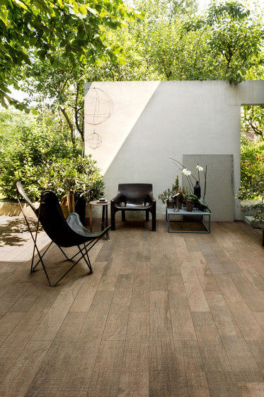 Wooden Tile Gray de FLORIM