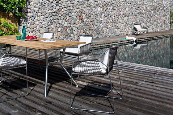 Reef Dining Table de Oasiq