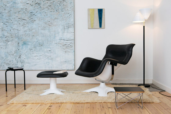 Karuselli Lounge Chair with Ottoman di Artek