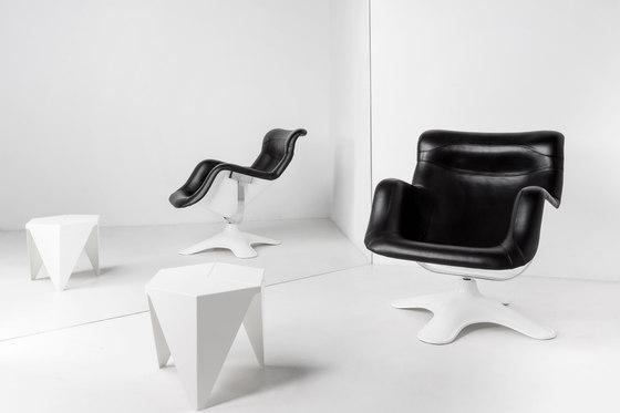 Karuselli Lounge Chair with Ottoman de Artek