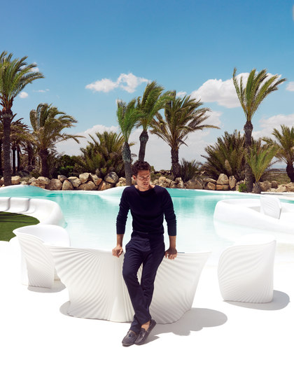 Biophilia sofa by Vondom