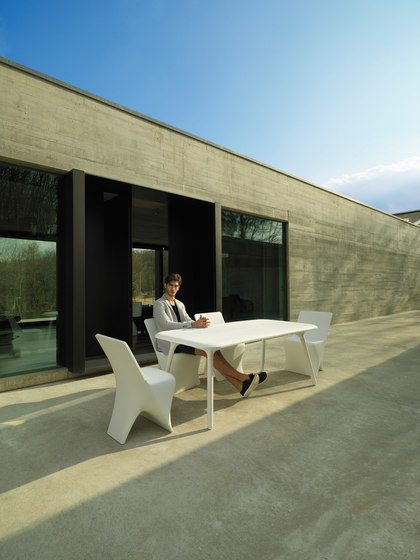 Sloo table di Vondom