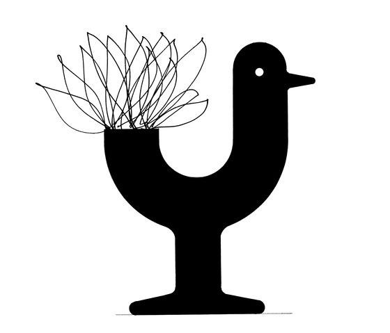 Peacock pot by Vondom