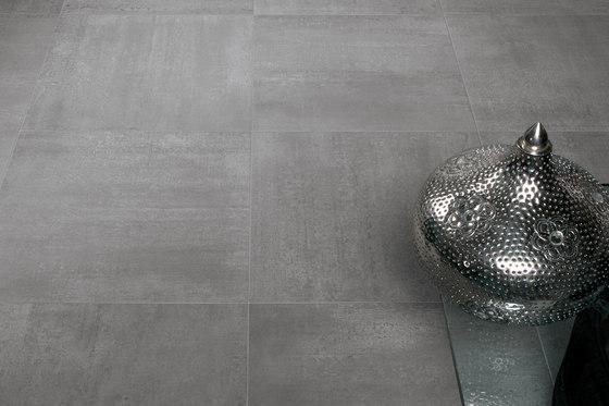 Link Dark Shadow Carpet by Keope