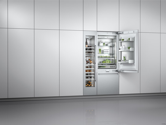 vario freezer 400 series rf 471 rf 461 rf 411 refrigerators from gaggenau architonic. Black Bedroom Furniture Sets. Home Design Ideas