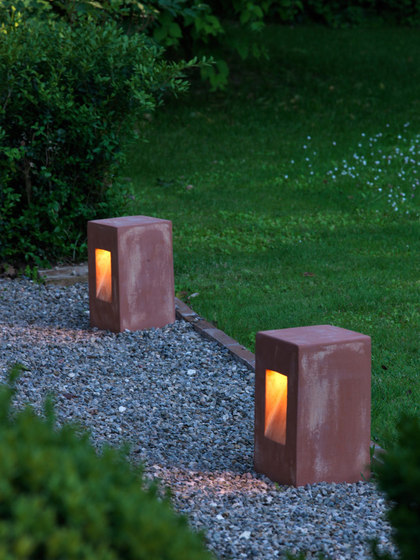 Step path lamp de Ethimo