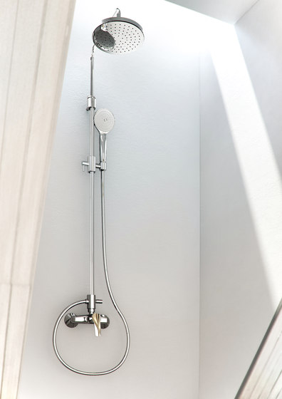 Serie 4 F3765/2 | Shower column with showerhead and shower set by Fima Carlo Frattini