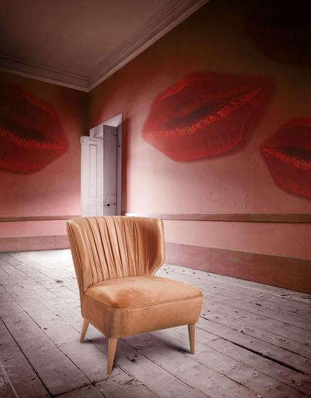 Lipstick | Armchair von MUNNA