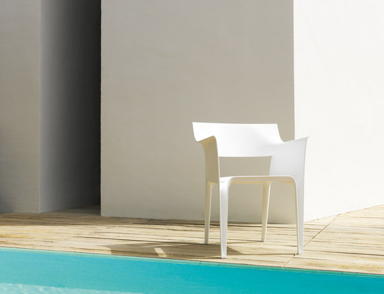 Pedrera chair by Vondom